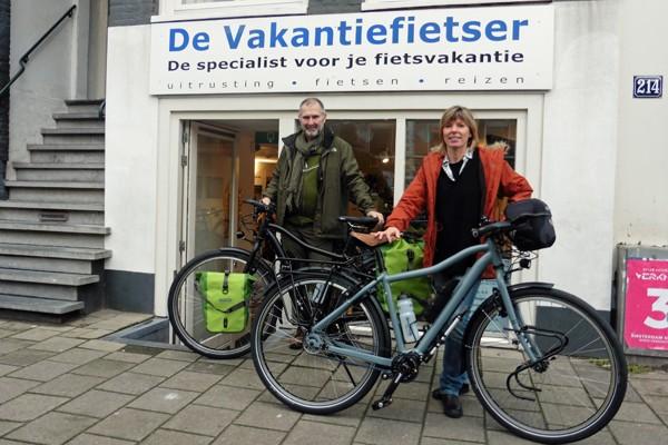 Dirk en Linda met hun twee travelmasters.