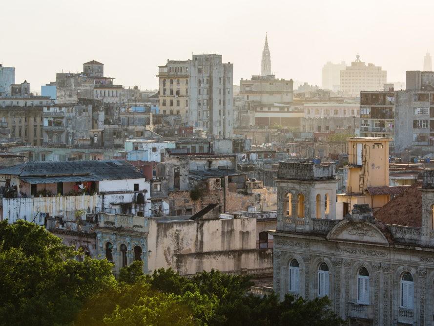 Zonsopgang bij uitzicht over Havana op Cuba