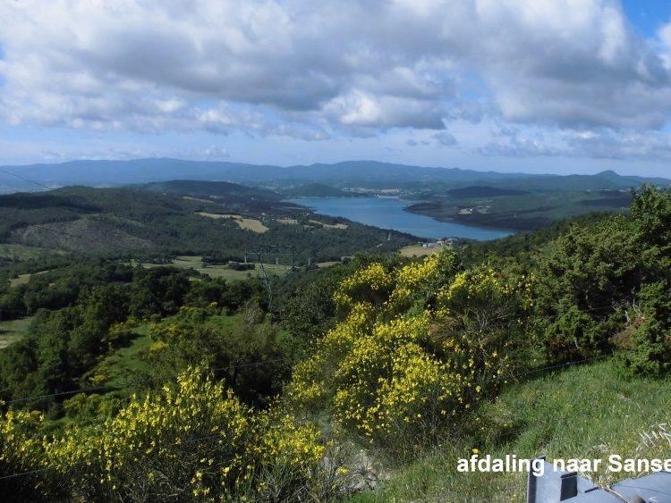 Uitzicht over landschap nabij Sansepolero